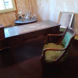 bureau Empire 450€, son fauteuil 200€