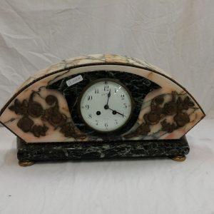 horloge en marbre 160€